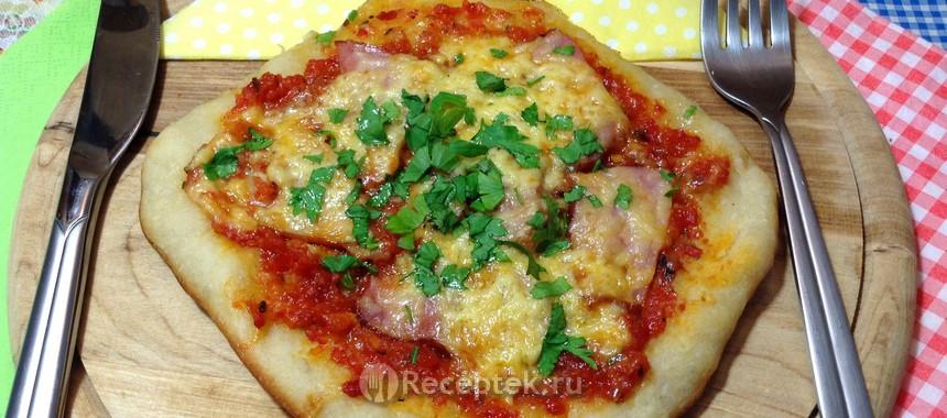 Приготовление пиццы в домашних условиях. Пицца Приготовление пиццы при домашних условиях